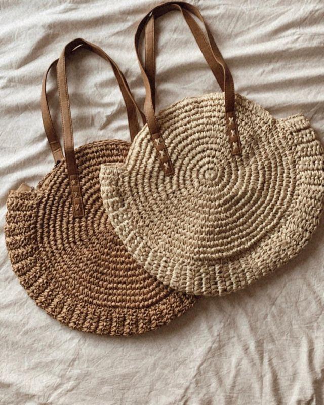 ∙ 𝗧𝗮𝘀 𝗠𝗮𝗿𝘆 2.0 ∙   Helaas kan ik die super leuke tassen Mary niet meer bestellen.. Wel heb ik een goed alternatief kunnen vinden! Shop deze te gekke tassen op de webshop!   #strandtassen #strandtas #beachbag #sieraden #sieradenenaccessoires #sieradenwebshop #sieradenwinkel #sieradenboutique #jewellery #jewelry #fashionbags #tasjes #summer2021 #fashion